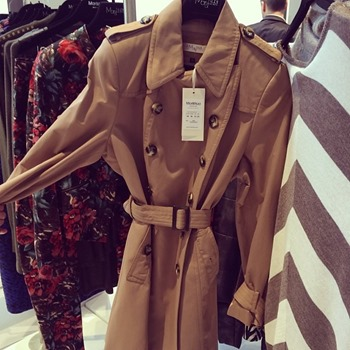 Trenchcoat perfection at Mar & Nua