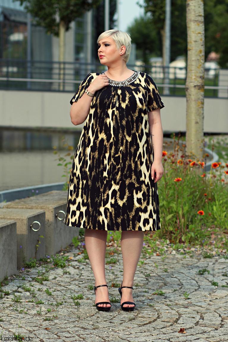 • Lookbook | Anna Scholz for sheego x Lu zieht an | Meow! •