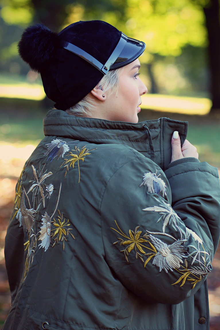 • Lookbook | Anna Scholz for sheego x Lu zieht an | Embroidered Parka •